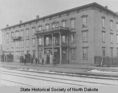 Hotel Sheridan, Bismarck, N.D. :: State Historical Society of North Dakota (SHSND)