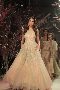 Super Ideas For Bridal Wear Indian Gowns Receptions Wedding Website Indian Gowns, Indian Outfits, Wedding Attire, Wedding Gowns, Wedding Venues, Desi Wedding, Wedding Outfits, Party Gowns, Wedding Band