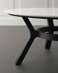 133 fantastiche immagini su Tavoli tondi   Desk, Desk office e ...