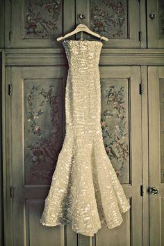 My dream wedding dress - Oscar De La Renta 2008 Winter Collection Bridal Gowns, Wedding Gowns, Dance Fashion, Dream Dress, Dress Me Up, Dress To Impress, Wedding Styles, Beautiful Dresses, Marie