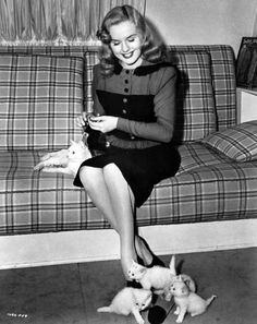 Deanna Durbin knits, 1945.