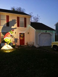 Grinch Stealing Christmas Lights Yard Decorations