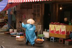 Vietnamese food seller; these Vietnamese women redefine the work ethic and take it to a whole new level.