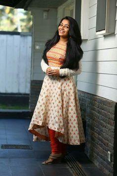 Salwar Designs, Kurta Designs Women, Kurti Designs Party Wear, Blouse Designs, Designer Anarkali Dresses, Designer Dresses, Frock Fashion, Fashion Dresses, Churidhar Designs