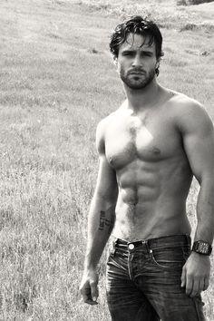 Marco Dapper (actor and model)
