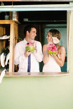 Fiji Destination Wedding { Pacific Islands } - Modern Weddings Hawaii : Bridal Inspiration