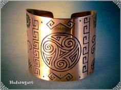 Bratara Din Cupru Cu Simboluri Dacice by hadarugart