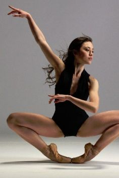 Lucila Munaretto, Argentinian Ballet Dancer Wakes From Coma After B.C. Accident