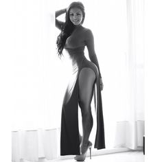 bombshellbootys:Dolly Castro  Supremely Sexy!