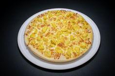 Pizzerie | Bella Italia Romania Bolognese, Hawaiian Pizza, Romania, Food, Eten, Meals, Diet