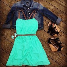 ISO mint green dress with Aztec straps I'm looking for this dress in a medium! I unfortunately do not know that brand :( can anyone help? Dresses Mini