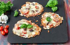 Gluteenittomat minipizzat Bruschetta, Pizza, Ethnic Recipes, Diy Crafts, Food, Make Your Own, Eten, Homemade, Diy Home Crafts