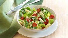 An warmen Frühlingstagen lieben wir leichte Gerichte. Wir empfehlen unseren Chorizo-Spargel-Salat. Mit der KNORR Feinschmecker Sauce Hollandaise Frühlingskräuter ein echter Genuss.