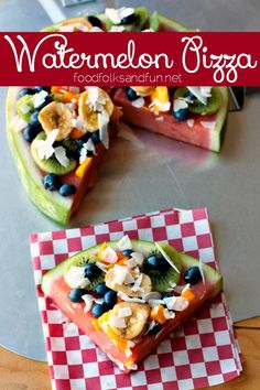 Watermelon Pizza - a great dessert or snack that you can make with your kids. Use your favorite fruit to top your Watermelon Pizza with! Cooking with Kids Raw Food Recipes, Cooking Recipes, Healthy Recipes, Dishes Recipes, Pizza Recipes, Lunch Recipes, Fruit Salad, Watermelon Pizza, Gastronomia