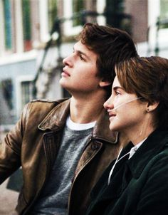 Augustus Waters and Hazel Grace in The Fault in Our Stars! Lara Jean, Hazel And Augustus, Fault In The Stars, Hazel Grace Lancaster, John Green Books, Augustus Waters, Ansel Elgort, Movies And Series, Tfios