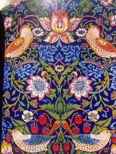 William Morris - 'Strawberry Thief'. Fabulous