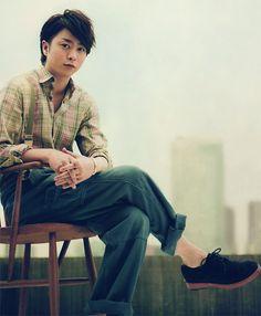 Image edited from Hanako 2011.09