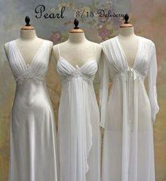Bridal Pearls of Wisdom: New Bridal Peignoir Lingerie for 2010 White Lingerie, Pretty Lingerie, Vintage Lingerie, Beautiful Lingerie, Sleepwear Women, Lingerie Sleepwear, Nightwear, Bridal Robes, Night Gown