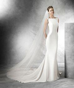 Tatiana, mermaid wedding dress with bateau neckline