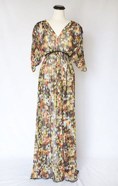 Anthro inspired caftan - Elle Apparel by Leanne Barlow Quirky Fashion, Diy Fashion, Fashion Design, Maxi Skirt Tutorial, Promotion Dresses, Do It Yourself Inspiration, Beautiful Maxi Dresses, Make Your Own Dress, Dress Shapes
