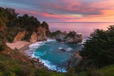 Sunset at McWay Falls in Big Sur, along California's central coast. Big Sur Beach, Places To Travel, Places To See, Travel Destinations, Places In America, Beautiful Waterfalls, Australia, Belleza Natural, Walking In Nature