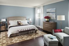 Electic Elegance Gray Bedroom With White Linen And Beige Carpet