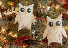 Gufi natalizi con rotoli di carta