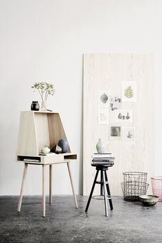 Want to get more Scandi chic into your home? I have listed out my 7 favourite Scandi interior and decor online shops for you: Wood Furniture, Furniture Design, Design Desk, Cheap Furniture, Pop Up Shop, Home And Deco, Interior Exterior, My New Room, Office Interiors