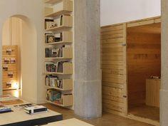 Architect Federico Delrosso designed his new studio in Milan Bookshelves, Bookcase, Interior Architecture, Interior Design, Grand Designs, Store Fronts, Italian Style, Tall Cabinet Storage, Minimalism