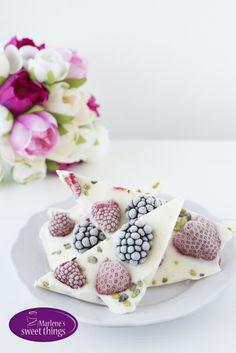 Frozen Yogurt Berry Bites - Gefrorene Joghurt Ecken