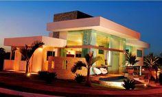 casa-fachada-moderna-vidro-telhado-embutido-sobrado-térrea-decor-salteado-2.jpg (814×492)