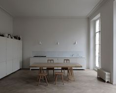 busywire:  Apartment, Bryanstone Square, Marylebone, London, UK DRDH, white kitchen, scale, beautiful