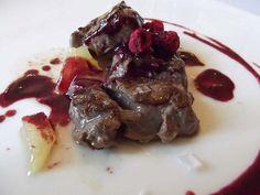 Segundo plato by Lubulo, Solomillo de toro salsa de Merlot y frutos rojos