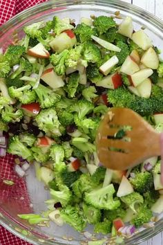 Easy healthy broccoli salad with raisins apples and no mayo veganinthefreezer salads sides apple applesalads broccolisalads 25 clean eating bowls to make for breakfast lunch and dinner Apple Broccoli Salad, Crunchy Broccoli Salad, Broccoli Salad With Raisins, Carrot Salad, Easy Brocolli Salad, Broccoli Salad Recipes, Brocolli Slaw, Fruit Salad, Broccoli Ideas