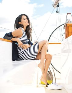 Meghan Markle and sailing chic. Gotta love a stripe!
