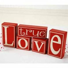 True Love Wooden Block Letters Valentines Home Decor Wooden Block Letters, Wood Block Crafts, Wooden Blocks, Wood Crafts, Wood Projects, Rustic Crafts, Paper Crafts, Valentine Wreath, Valentine Day Love