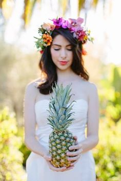 Pineapple wedding | Joielala Photography | see more on: http://burnettsboards.com/2014/05/colorful-tropical-wedding-ideas/ #pineapple