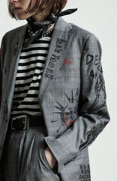 Vogue Paris in English Look Fashion, Diy Fashion, Trendy Fashion, Ideias Fashion, Fashion Outfits, Fashion Trends, Fashion Weeks, Fashion Clothes, Ladies Fashion