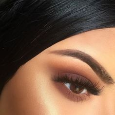LOVE THIS. Lashes with simple matte eye and no eyeliner