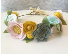 CORONA del bosque / / corona de flor de fieltro / / por HoneyCrown