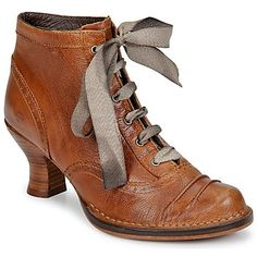 Sometimes all it takes is a small addition to completely change an item. Here, the ribbon laces do the trick. Sock Shoes, Shoe Boots, Ankle Boots, Shoe Bag, Pretty Shoes, Cute Shoes, Me Too Shoes, Victorian Shoes, Vintage Shoes