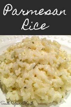 Creamy Parmesan Rice A simple creamy rice recipe with garlic, butter and parmesan cheese. Like risotto but easy! - Creamy Parmesan Rice with garlic, butter and parmesan cheese. Like risotto but easy! Jasmine Rice Recipes, White Rice Recipes, Rice Recipes For Dinner, Easy Rice Recipes, Minute Rice Recipes, Cooked Rice Recipes, Basmati Rice Recipes, Easy Risotto Recipes, Risotto