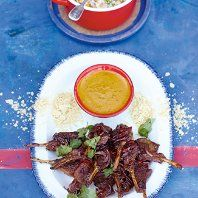 Jamie Oliver - Lamb Lollipops, Curry Sauce, Rice & Peas - 15 Minutes Tonight's tea went down a storm and is a keeper! Jamie's 15 Minute Meals, 15 Min Meals, Lamb Korma, Lamb Curry, Lamb Recipes, Cooking Recipes, Healthy Recipes, Bbc Recipes, Curry Recipes