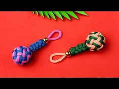 Super Easy Paracord Lanyard Keychain   How to make a Paracord Key Chain Handmade DIY Tutorial #10 - YouTube Paracord Tutorial, Bracelet Tutorial, Diy Tutorial, Diy Friendship Bracelets Patterns, Diy Bracelets Easy, Paracord Keychain, Diy Keychain, Paracord Bracelet Designs, Diy Fabric Jewellery