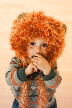 Crocheted Lion Costume. Hat plus tail. Free Pattern.
