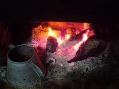Como deves saber, hoje é dia de São Martinho e em Portugal é tradição assar castanhas e beber água-pé e jeropiga. E eu não falhei com a tradição!  http://blog.patricvieira.com/blog/o-dia-de-s%C3%A3o-martinho