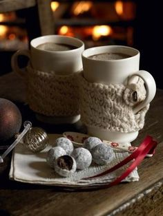 Hot chocolate cozies. These would be great Christmas gifts too...
