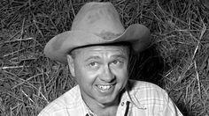 Legendary actor Mickey Rooney dies at 93
