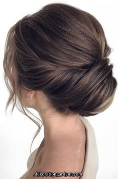 75 romantic bridal hairstyles hairstyles for weddings long hair wedding updos with braids wedding updos bridal updos messy updo hairstyles hairstyle elegant bridal hairstyle wedding hairstyle bridal hairstyles wedding hairstyle for medium hair length Long Hair Wedding Updos, Wedding Hairstyles For Medium Hair, Elegant Wedding Hair, Elegant Hairstyles, Wedding Hair And Makeup, Bride Hairstyles, Hairstyle Wedding, Elegant Updo, Romantic Wedding Hairstyles