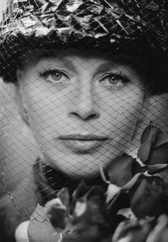 Margot Trooger (* 2. Juni 1923 in Rositz; † 24. April 1994 in Mörlenbach) war eine deutsche Bühnen- und Filmschauspielerin.